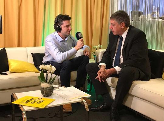 """Jan Jambon in De Ochtend: """"Vlaanderen heeft veel troeven, en de markt begint dat te zien"""""""